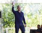 Apple Celebrates One Billion iPhones Sold